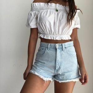 Vintage high waist frayed hem mom shorts